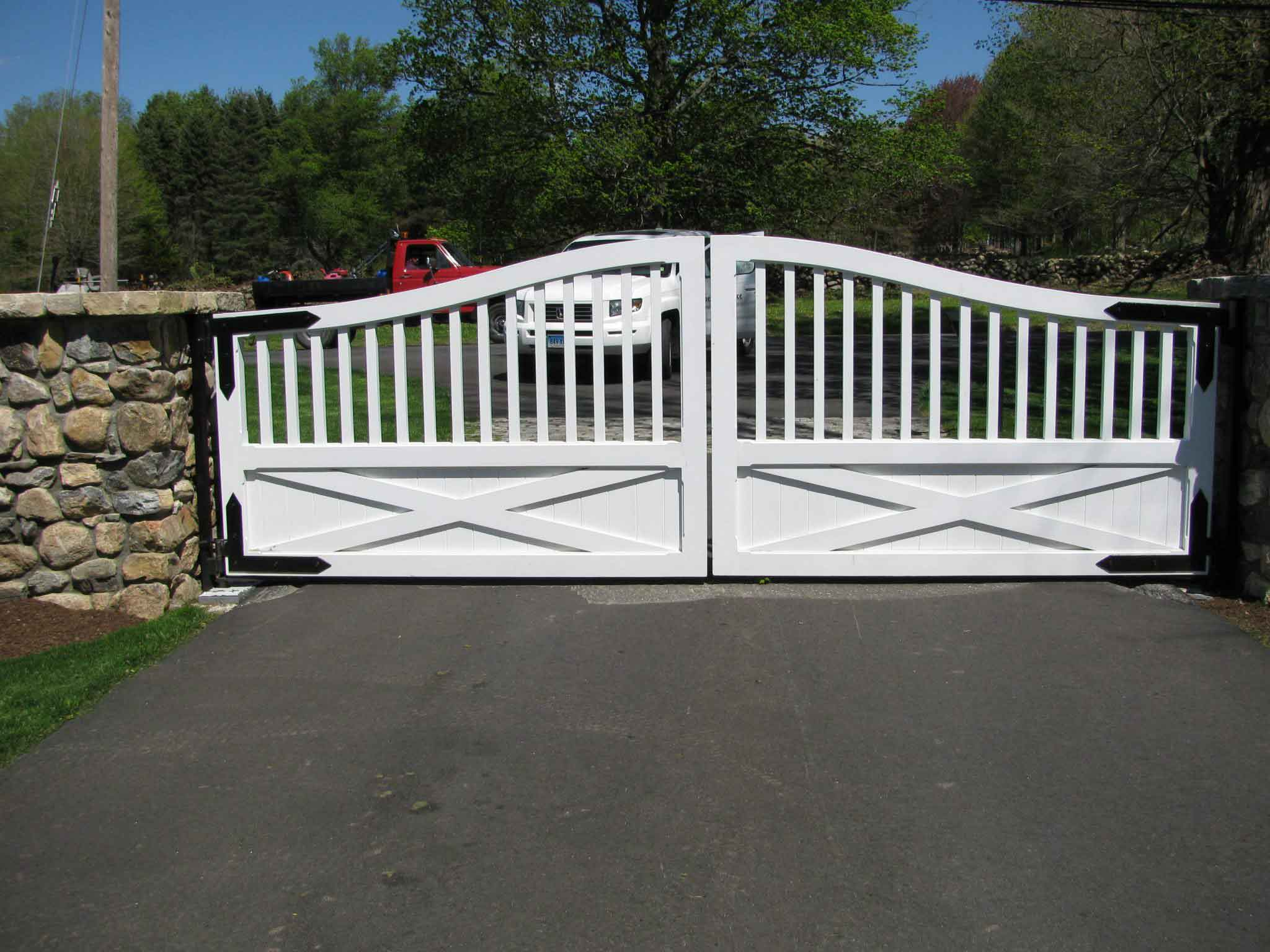 Driveway Gates and Gate Operators